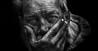 حکایت پسر و پیرمرد در خانه فساد