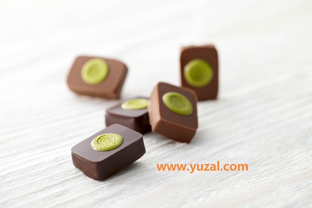 شکلات واقعی